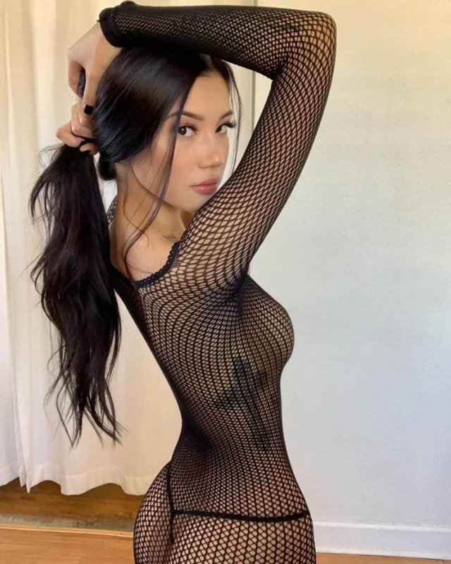 Girls In Lace And Fishnet 43 pics
